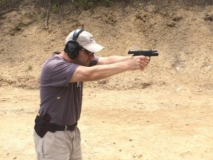 Shooting Sig P320 Compact from MTR holster